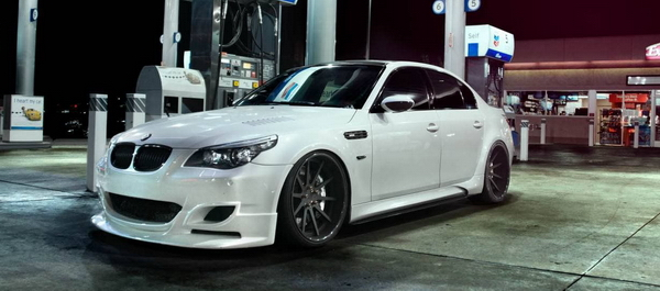 BMW M5 в обвесе